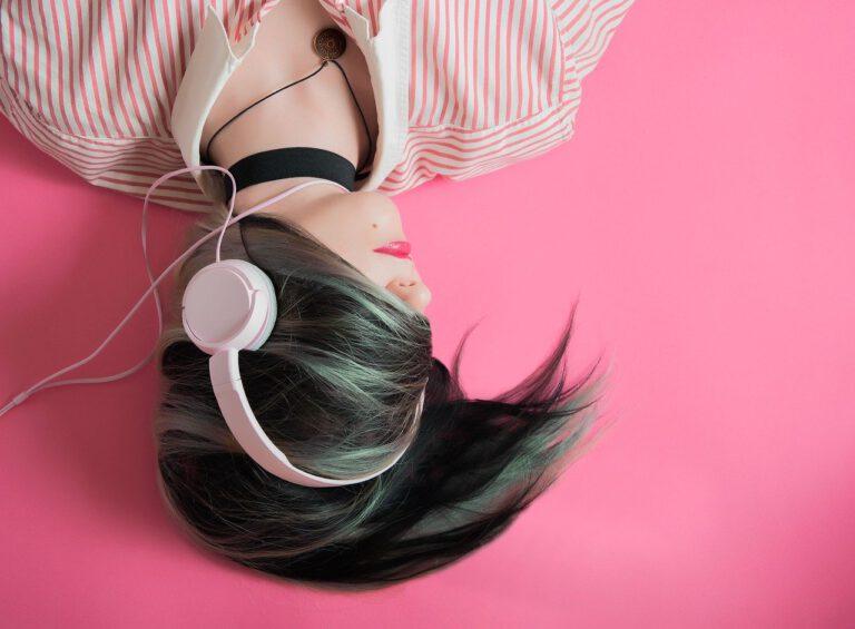 Poslech hudby